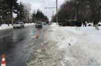 В Запорожье перевернулась маршрутка с пассажирами: есть пострадавшие (ФОТО)