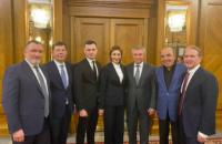  Рабинович о переговорах в Москве: наша политика – устанавливать мир и помогать людям