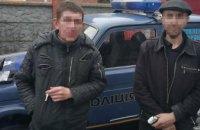 На Днепропетровщины двое пьяных мужчин устроили стрельбу посреди улицы (ФОТО)