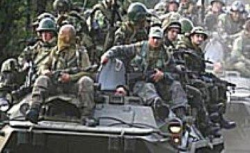Минобороны: «Страна не может себе позволить переход на контрактную службу в армии из-за нехватки финансирования»