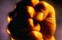 18-летний днепропетровчанин во время ссоры вставил спицу в грудь собутыльнику