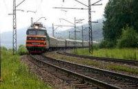 В Николаеве 20-летний парень в наушниках попал под поезд
