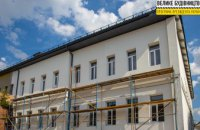 У Сурсько-Литовському капітально ремонтують найстаріший корпус школи