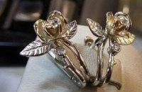 В Харькове ювелир «заработал» полмиллиона гривен, подменяя золото на железки (ВИДЕО)