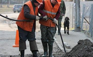 На Парусе ремонтируют коллектор, поврежденный при строительстве метро