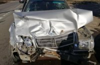 На Днепропетровщине столкнулись ВАЗ и Mercedes: пострадали четыре человека (ФОТО)