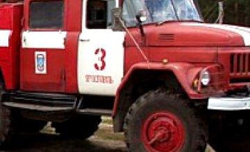 В Днепропетровске сгорел киоск с шаурмой