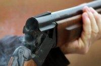 На Днепропетровщине неизвестные со стрельбой ограбили кафе
