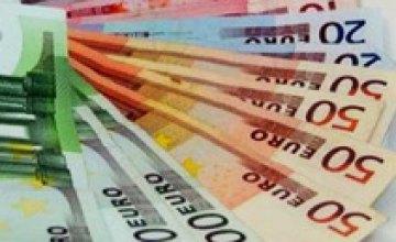 Межбанк закрылся падением курса евро