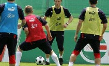 Полузащитник сборной Польши Якуб Блащиковски пропустит Евро-2008