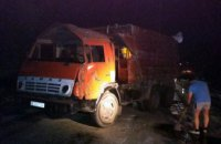 На трассе «Днепр – Симферополь» перевернулся самосвал с химическим веществом (ФОТО)