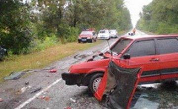 В Днепропетровской области столкнулись два ВАЗа: пострадали 7 человек