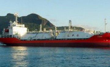Пираты захватили судно с тремя украинцами на борту