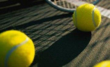 Украино-российский дуэт Бондаренко/Родионова уступил американской паре в 1/8 финала теннисного турнира WTA