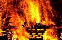  В Днепре во время ликвидации пожара в заброшенном доме обнаружили тело мужчины