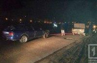 В Кривом Роге неизвестные пытались угнать автомобиль ночью  (ФОТО)
