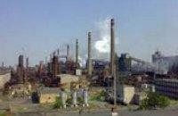 Террористы обстреляли на Донбассе коксохимический завод и шахту, - СНБО