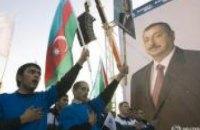 В Азербайджане запретили продавать валюту в обменниках