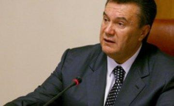 Виктор Янукович прерывает свой отпуск из-за пожаров в Украине