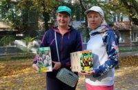 Сон стал явью: благодаря Геннадию Гуфману, жители 12 квартала осуществили мечту о цветущем сквере