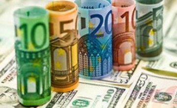 Межбанк закрылся резким ростом евро