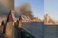 В Днепровском районе загорелся частный дом: огнем уничтожено 150 кв. метров