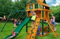 В Украине разрешили строить детские площадки на крышах зданий