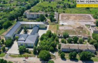 Матиме два футбольні поля: в Апостоловому модернізують стадіон опорної школи №1