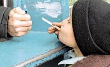 В Днепропетровской области детям продают алкоголь и сигареты