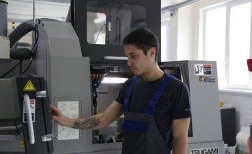 На заводе дентальных имплантатов ABM Technology  применяются современные цифровые технологии, - директор по производству (ВИДЕО)