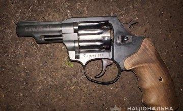 В Днепре 19-летний студент ДНУ выстрелил несовершеннолетней девочке в голову и пытался покончить с собой