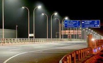 В 2012 году на ремонт уличного освещения Днепропетровск получил 5,8 млн грн