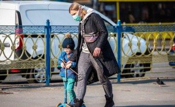 В больницах Украины 20 детей и 26 медработников с коронавирусом, - Виктор Ляшко