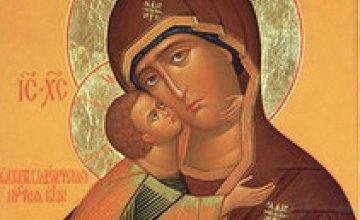 Сегодня православные чтут Владимирскую икону Божией матери