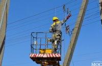 В Новомосковском и Магдалиновском районе ДТЭК Днепровские электросети установил птицезащитные устройства  (ВИДЕО)