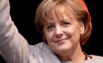 Ангела Меркель посетит Украину, чтобы поддержат национальную футбольную команду на Евро-2012