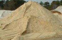 Тела откапывали экскаватором: в Пятихатском районе мужчину и его 14-летнюю дочь засыпало песком в карьере