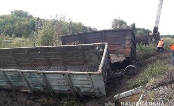 В Харьковской области электричка столкнулась с товарняком: есть пострадавшие