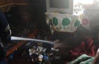 Спасатели в Кривом Роге вынесли из огня пенсионера: горел жилой дом