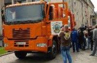 В Павлограде разбился 30-летний укладчик, упав с подножки грузовика