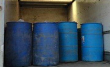 В Херсонской области нашли почти 23 тыс литра фальсифицированного спирта стоимостью 2 млн грн