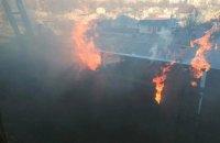 На Днепропетровщине загорелась многоэтажка: информация о пострадавших