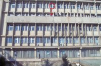 В Алуште голый мужчина выпрыгнул с 5-го этажа здания горсовета