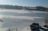 В Николаевской области мужчина провалился под лед: тело не нашли из-за сильного течения
