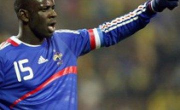 Защитник сборной Франции Лилиан Тюрам провел свой юбилейный матч
