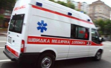 На Херсонщине сильный ветер опрокинул грузовие: погиб человек