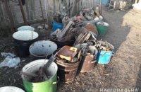 Тонна металла: на Днепропетровщине в частном доме мужчина организовал подпольный пункт приема металлолома