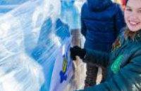 Родниковая на передовую: днепропетровские ученики передали в зону АТО 20 тыс. литров воды