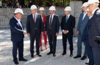 Голова Дніпропетровської обласної ради Микола Лукашук оглянув будівництво онкоцентру у Кривому Розі