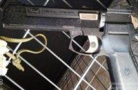 В Новомосковске полиция ликвидировала группировку, промышлявшую вооруженными нападениями на квартиры